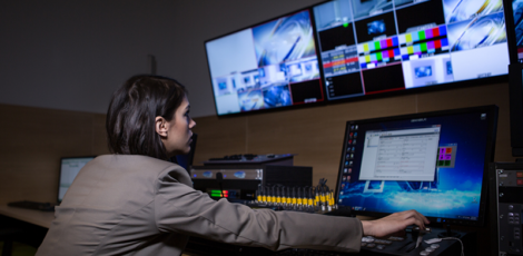 What Is a Multiviewer and Its Advantages in the AV Industry